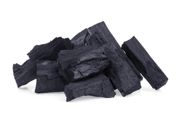 炭のイメージ写真